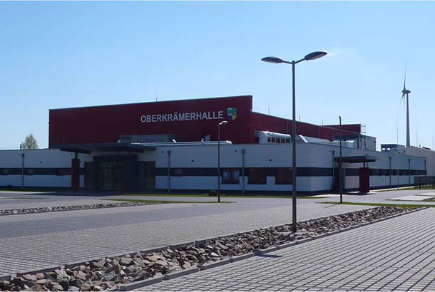 <strong>Sporthalle Oberkrämer<span><b>  </b>Gesellschaftsbauten  </span></strong><i>→</i>