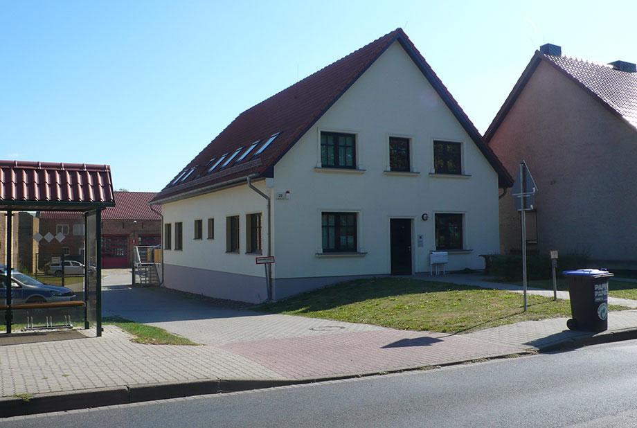 <strong>Gemeindehaus Eichstädt<span><b>  </b>Gesellschaftsbauten  </span></strong><i>→</i>